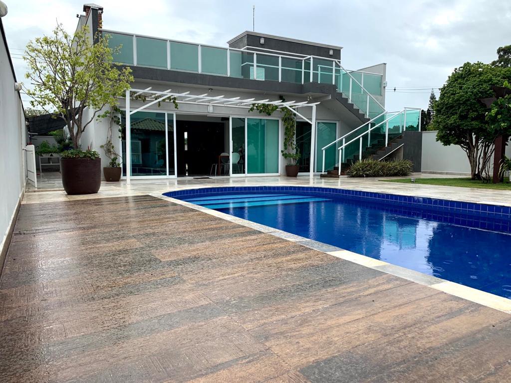 Casa Térrea no Evidence Residencial com terraço e vista espetacular para o Morro do Ipanema!